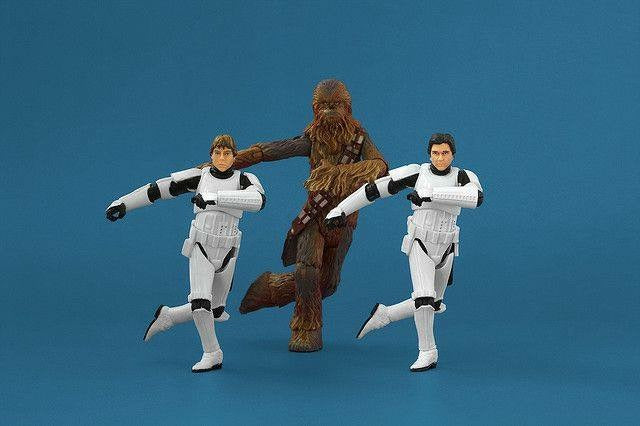 Chewbacca dancing