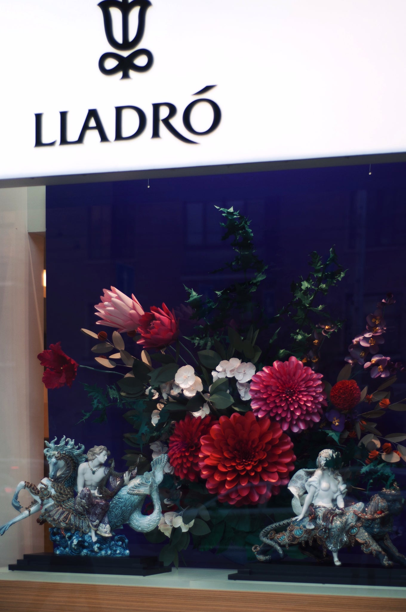 paper flowers for lladro