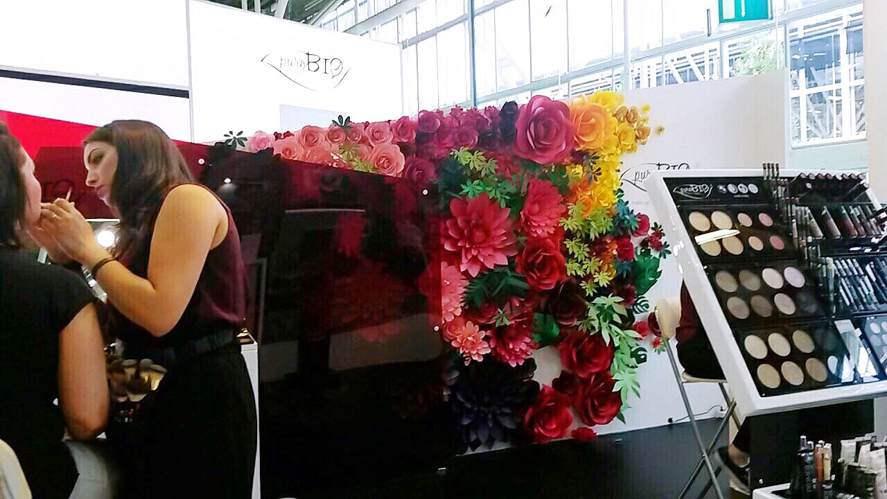exhibition stand for cosmetics brand