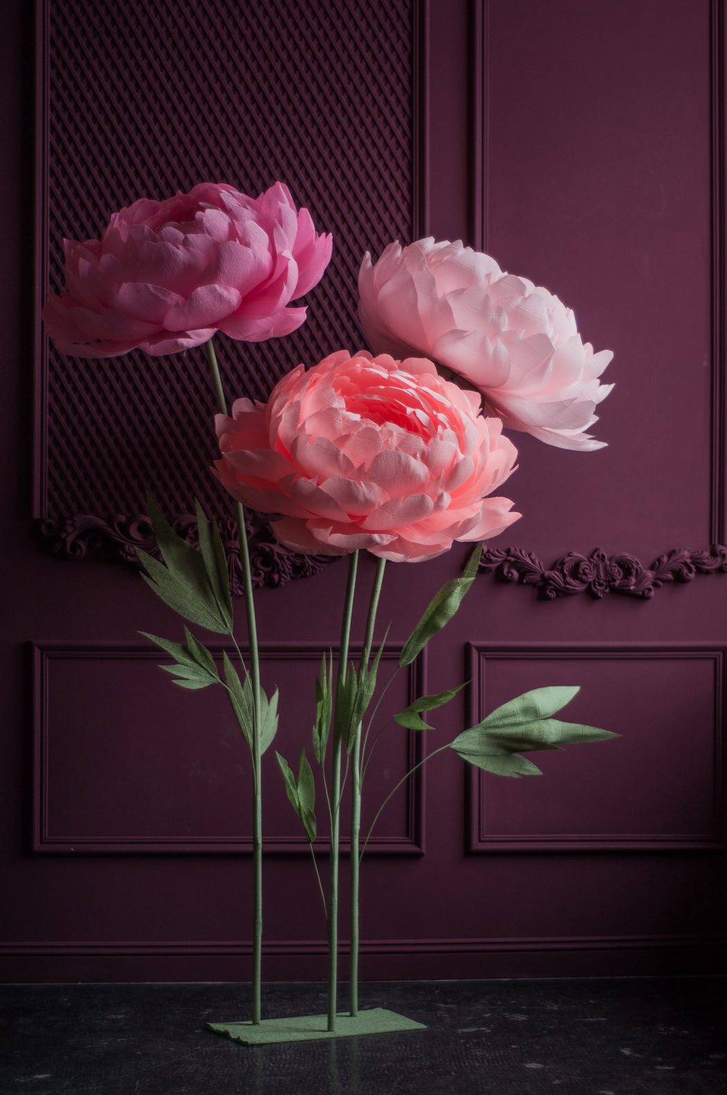 Standing Oversized Paper Peonies with metal base - Mio Gallery