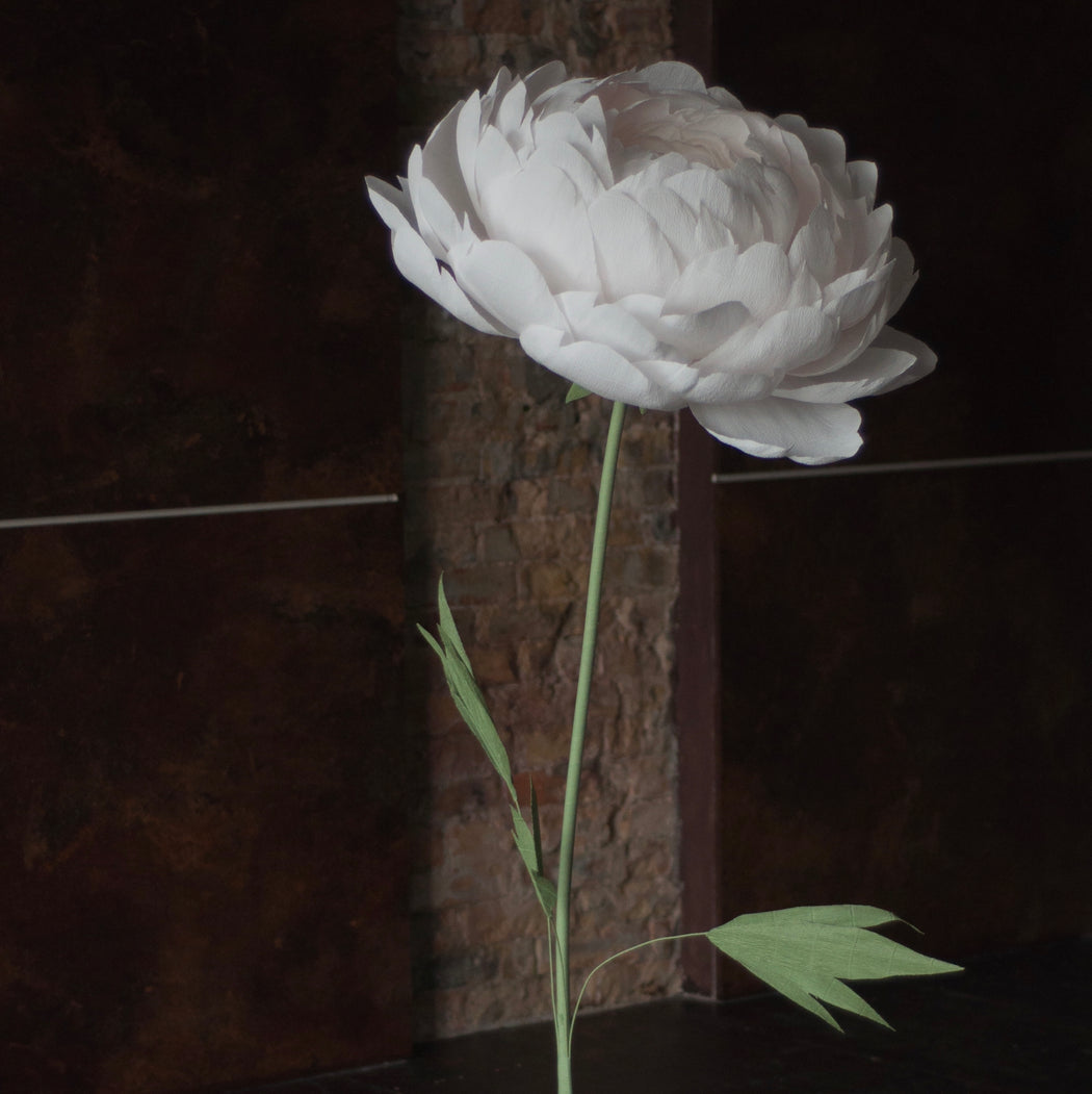 Standing Paper Flower – One Paper Flower on the metal base - Mio Gallery