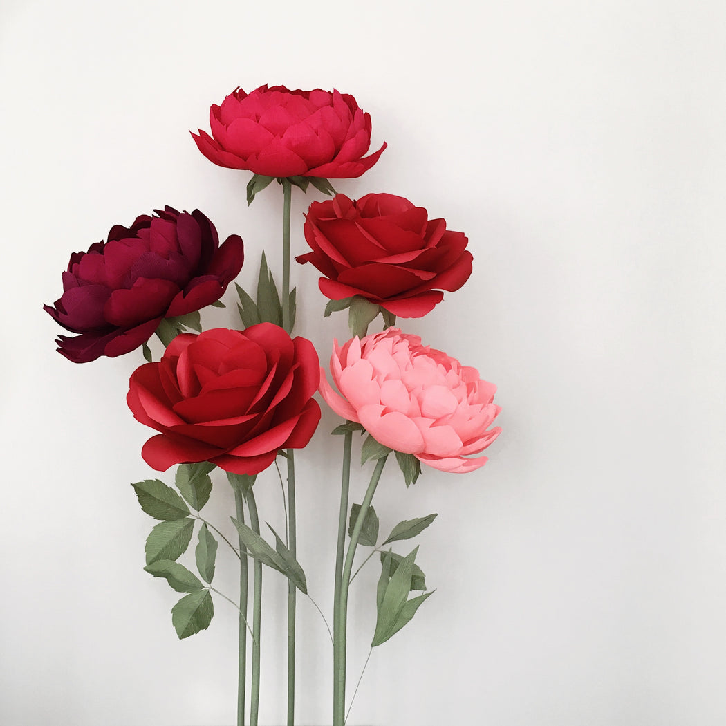 Oversized Paper Roses and Peonies – 5 Flowers on Metal Bases - Mio Gallery
