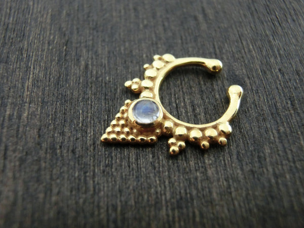 Pyramid Fake Septum Moonstone