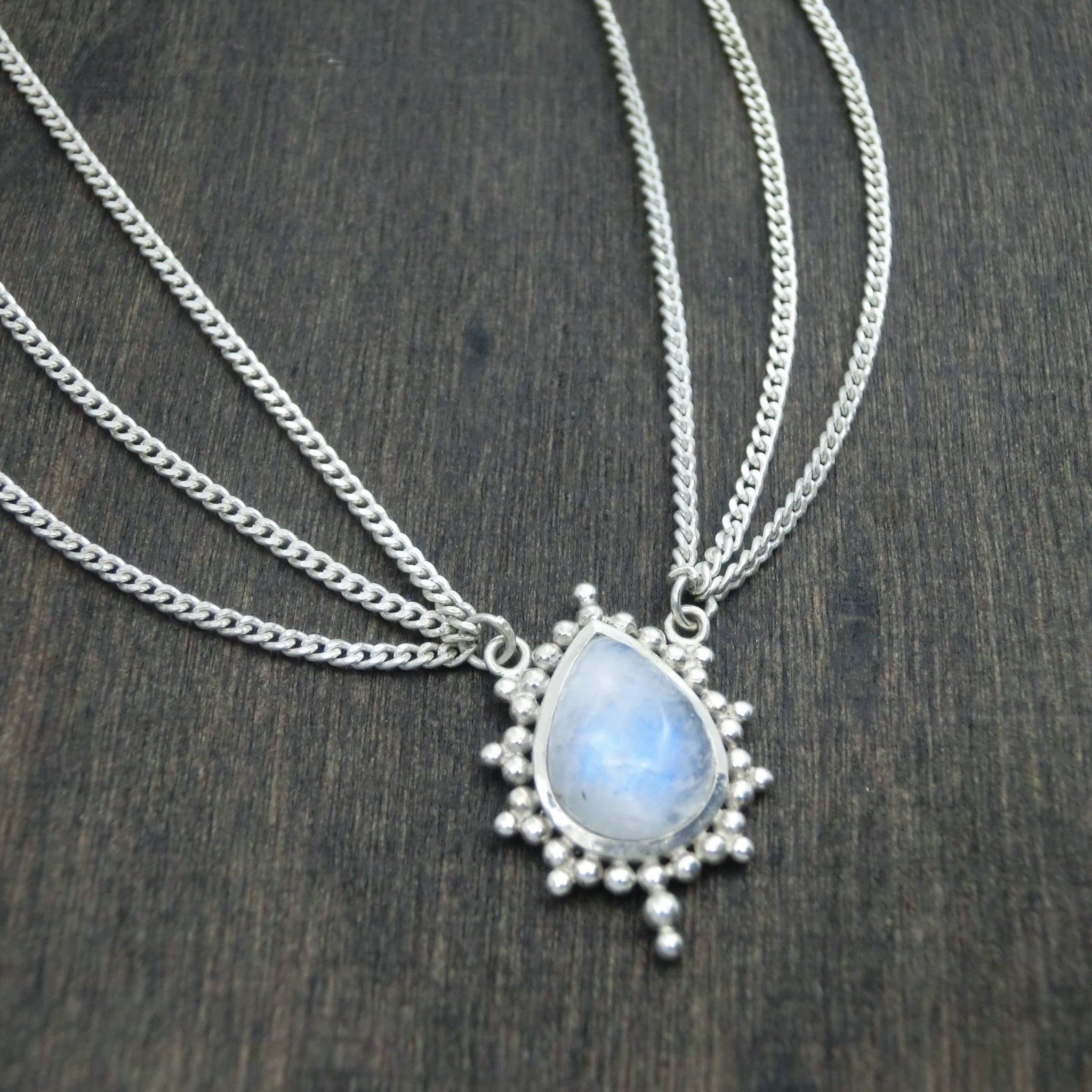 moonstone head chain