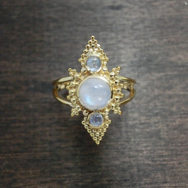 Moonstone Ring⎜PYRAMID