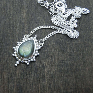 labradorite necklace silver star shape noomaad