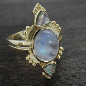 Moonstone Ring with Abalone Shell⎜RITUAL