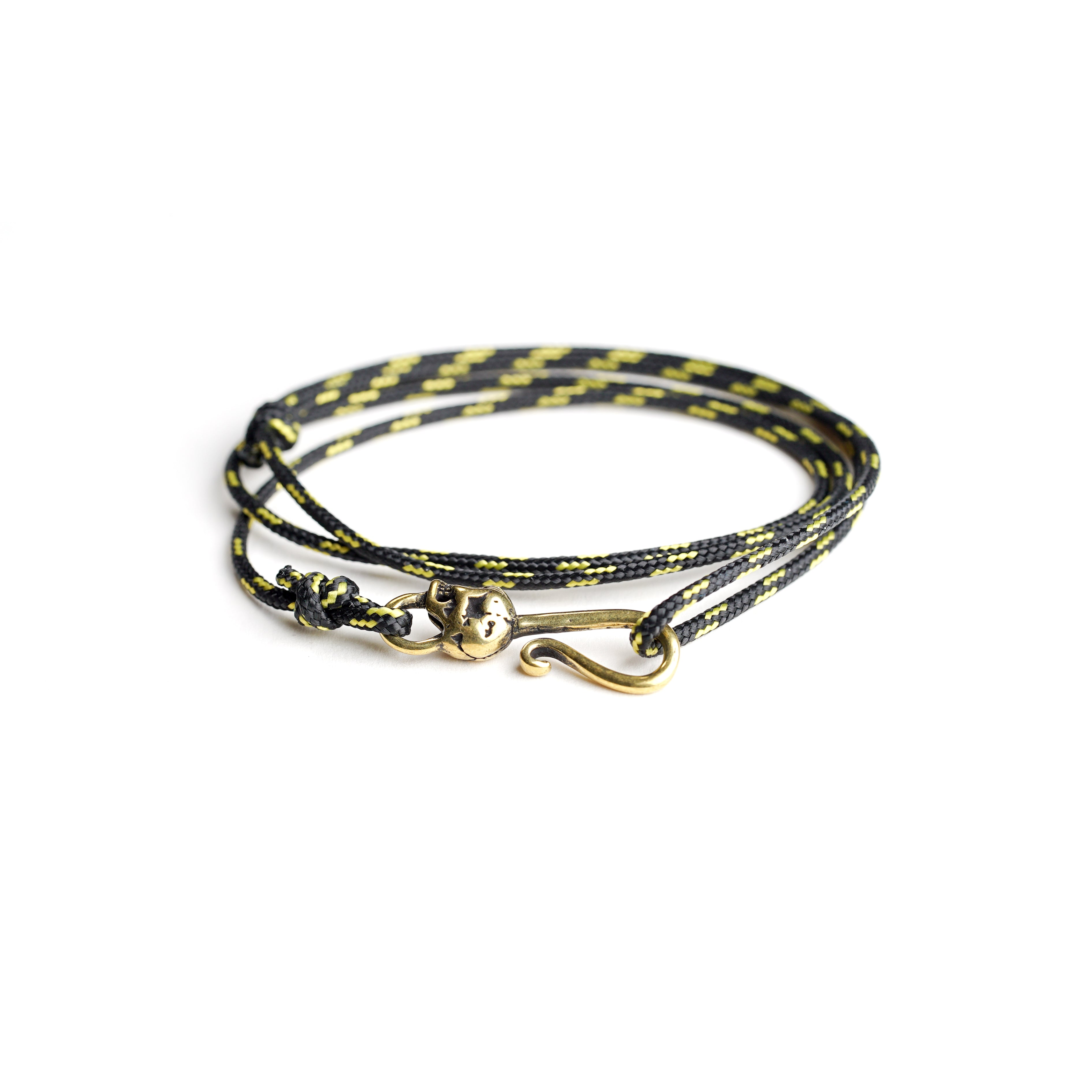 Paracord bracelet with skull - black and yellow