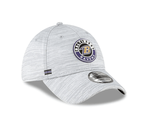 Baltimore Ravens New Era Gray 2020 NFL Sideline Official 39THIRTY Flex Hat