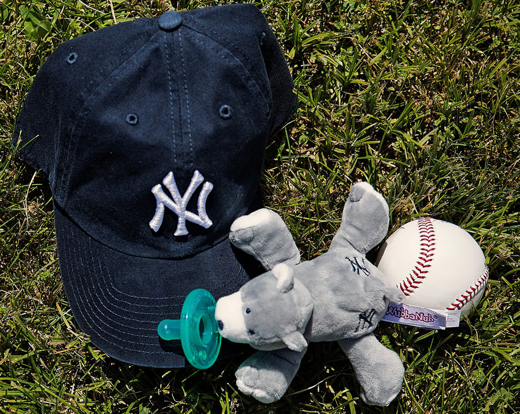 New York Yankees WubbaNub grey Bear with baseball and hat