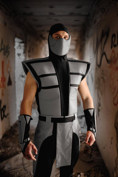 Smoke costume cosplay from the Ultimate Mortal Kombat