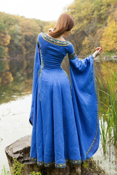 medieval Dress Lady of the Lake Costume