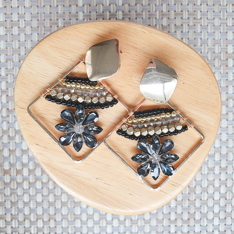 Taimani earrings - Black