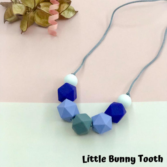 Silicone Teething Necklace - Zelie