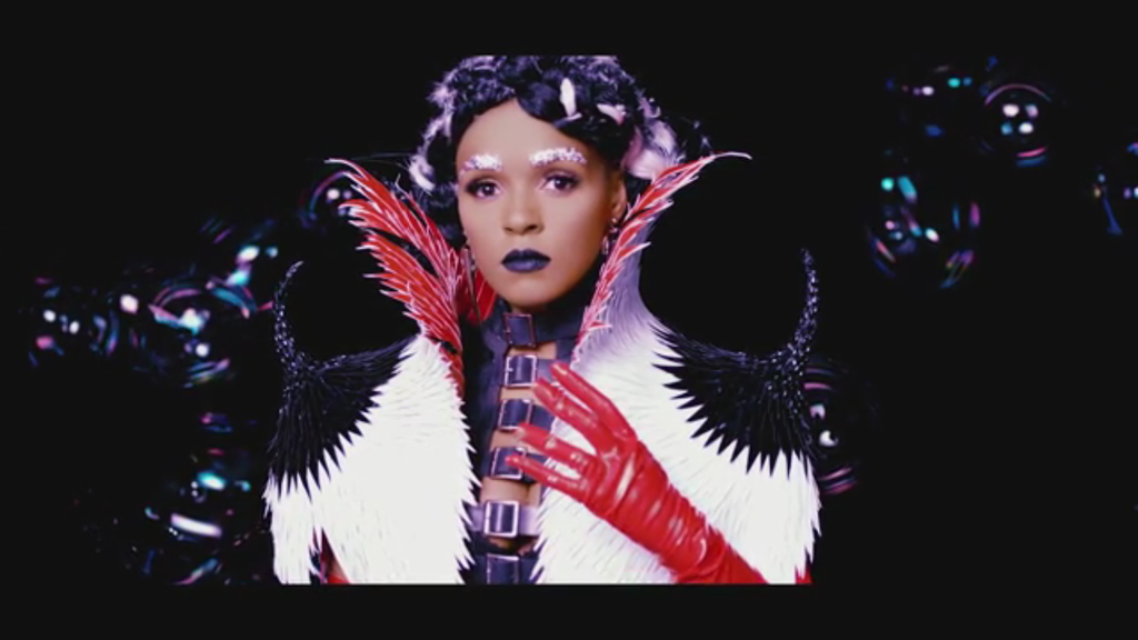 "Grimes ft. Janelle Monae- ""Venus Fly"" with Janelle flaunting Laruicci!"