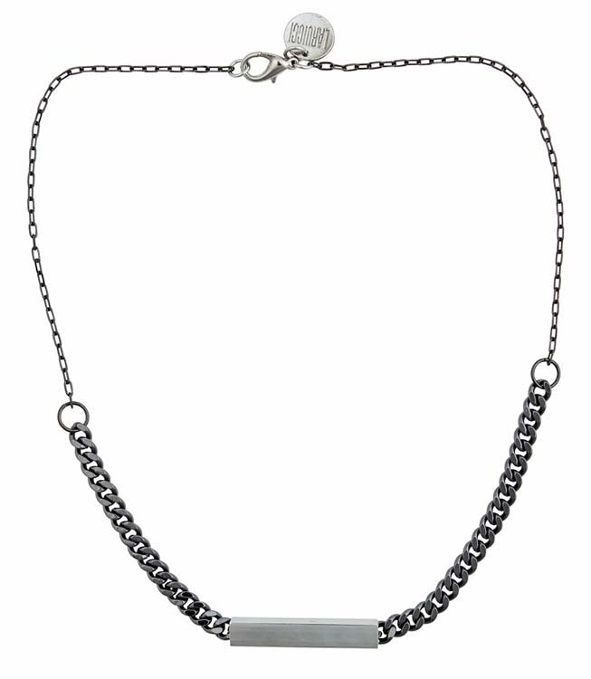 Noir Necklace