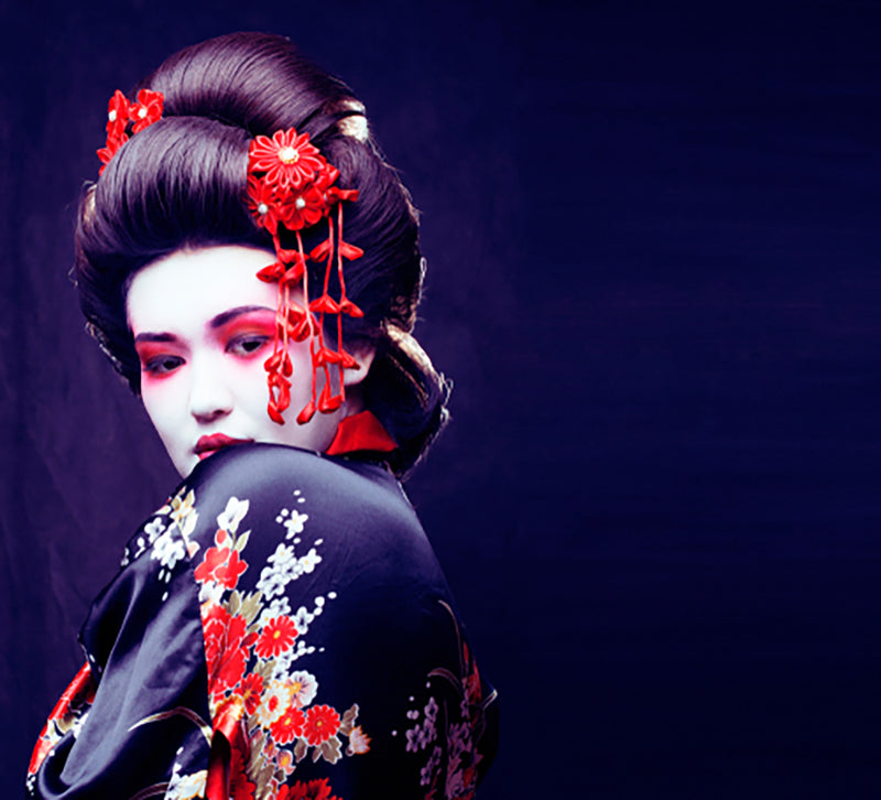 Learn These All-Natural Ancient Geisha Beauty Secrets