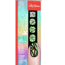 Load image into Gallery viewer, Sally Hansen Salon K.Design Nail Kit
