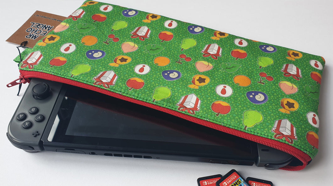 Nintendo Switch sized zippy bag / case