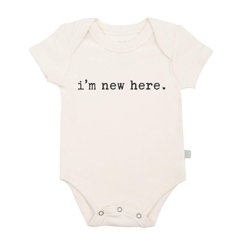 FINN + EMMA BABY BODY GRAPHIC BODYSUIT  Im New Here