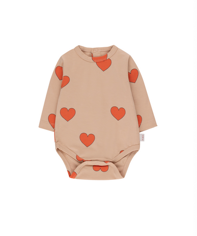 "TINYCOTTONS ""HEARTS"" BODY *light nude/red*"