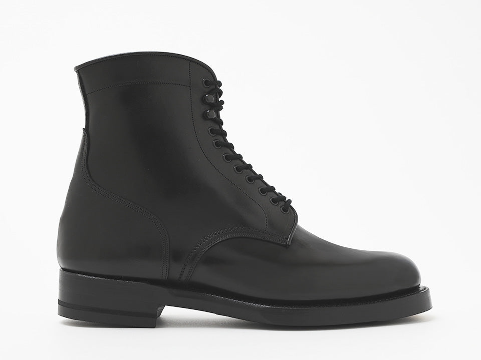 12.A1256 MIDDLE OFFICERS BOOTS