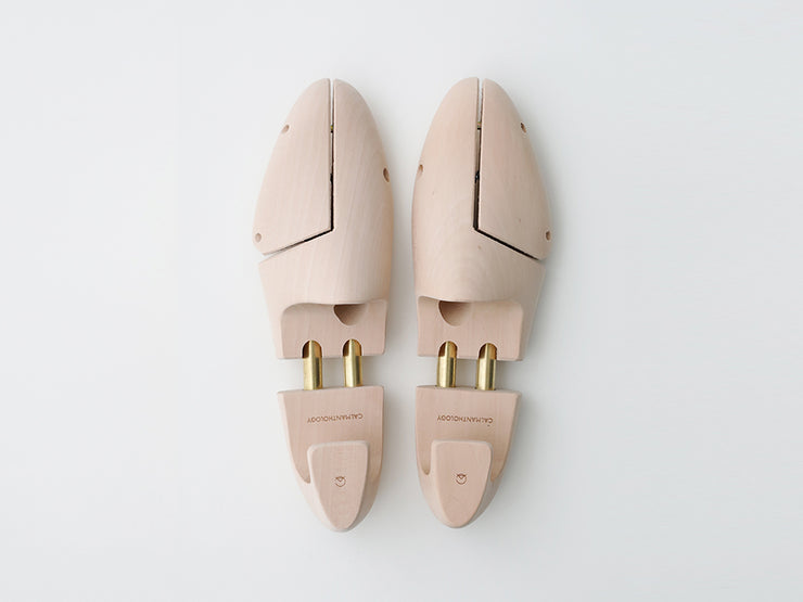 STYLE. SHOE TREES