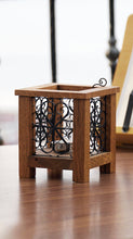 Load image into Gallery viewer, Filigree Art Wooden Tealigh Holder