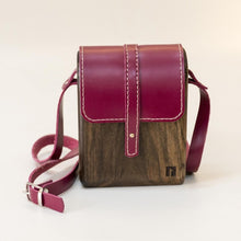 Load image into Gallery viewer, Wood handmade shoulder bag for ladies