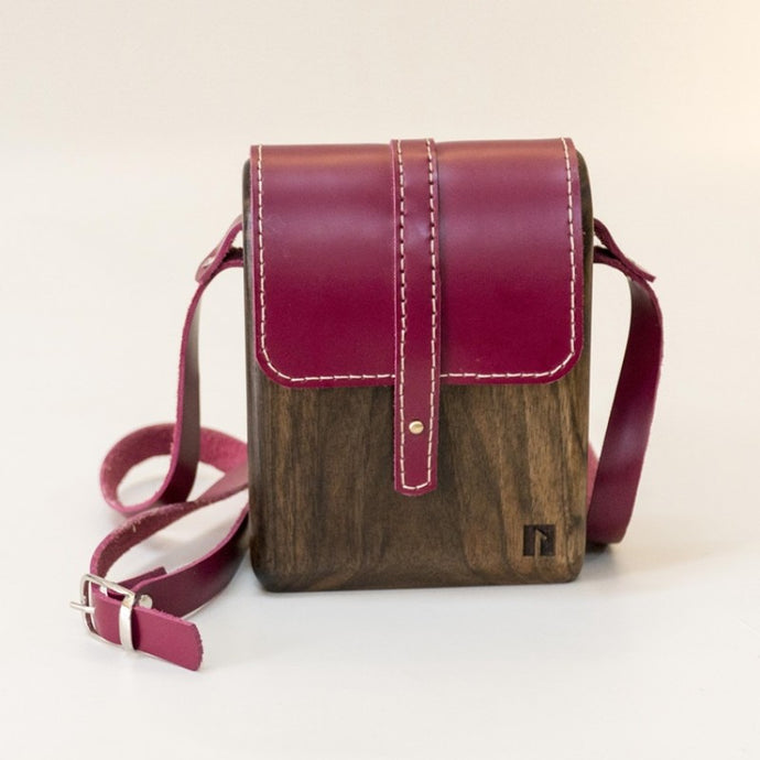 Wood handmade shoulder bag for ladies
