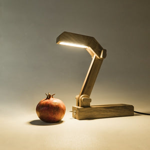 Gugar Pelican - Wooden Desk Lamp