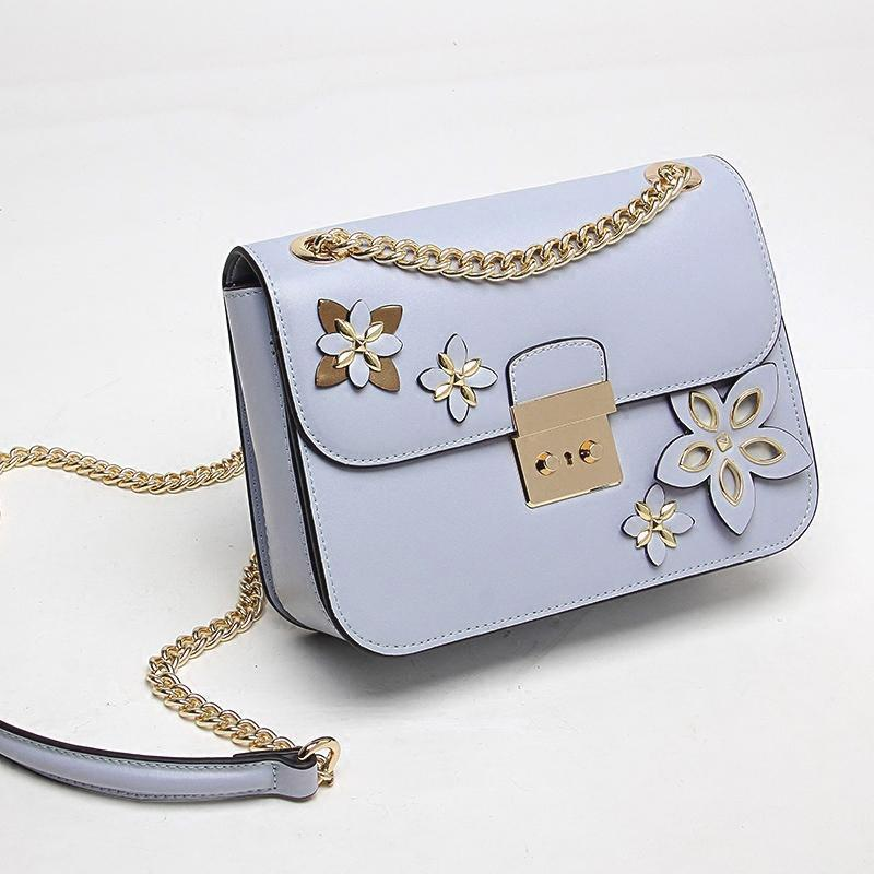 Single shoulder cover type flower lock small side bag