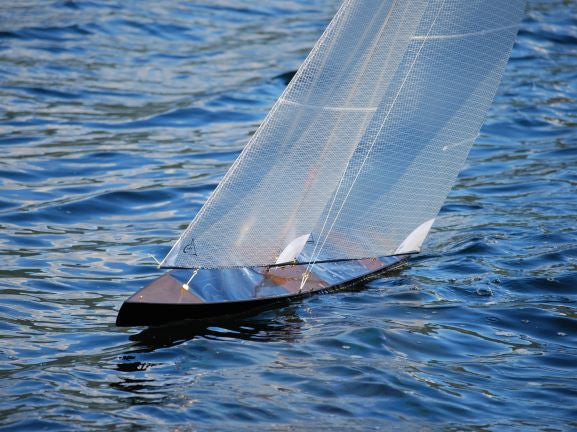 T50 CARBON FIBER Radio Controlled Racing Sloop