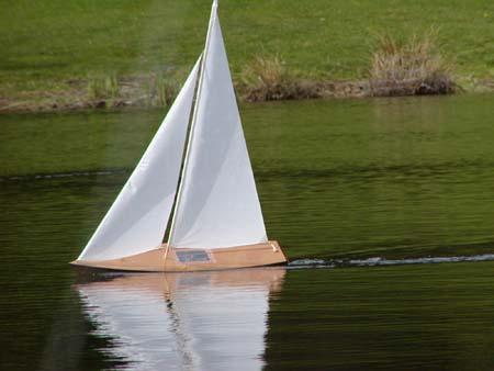 Wooden Model Sailboat: Tippecanoe Boats T27 RC Sailboat - Model Boat Sailing on Calm water