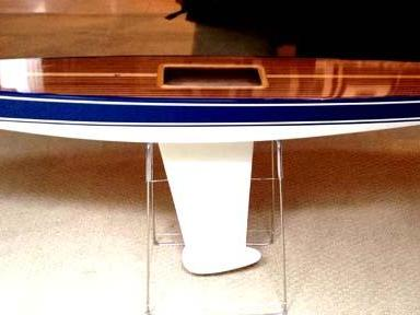 Wooden RC Sailboat Stand: T37 Model Sailboat on Table Stand