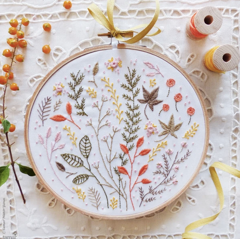 "Autumn Leaves 6"" Embroidery Kit"