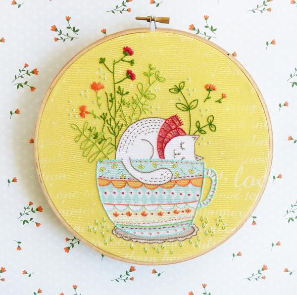 "Sweet Dreams 8"" Embroidery Kit"