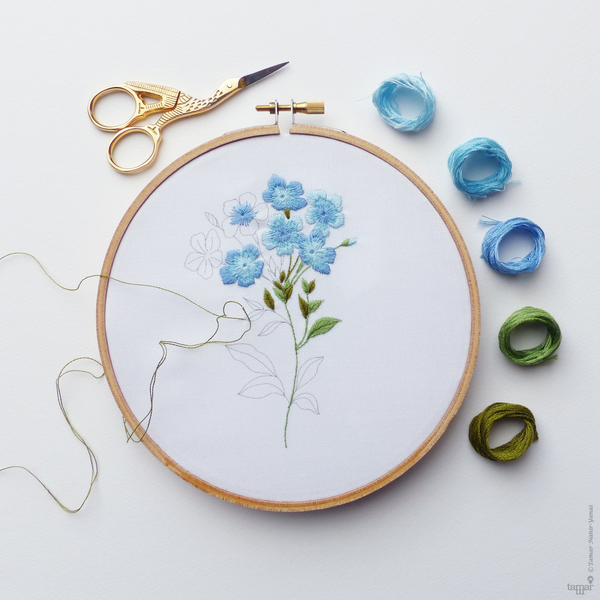 "Blue Plumbago 6"" Embroidery Kit"
