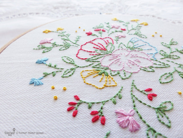 "Bouquet of Flowers 6"" Embroidery Kit"