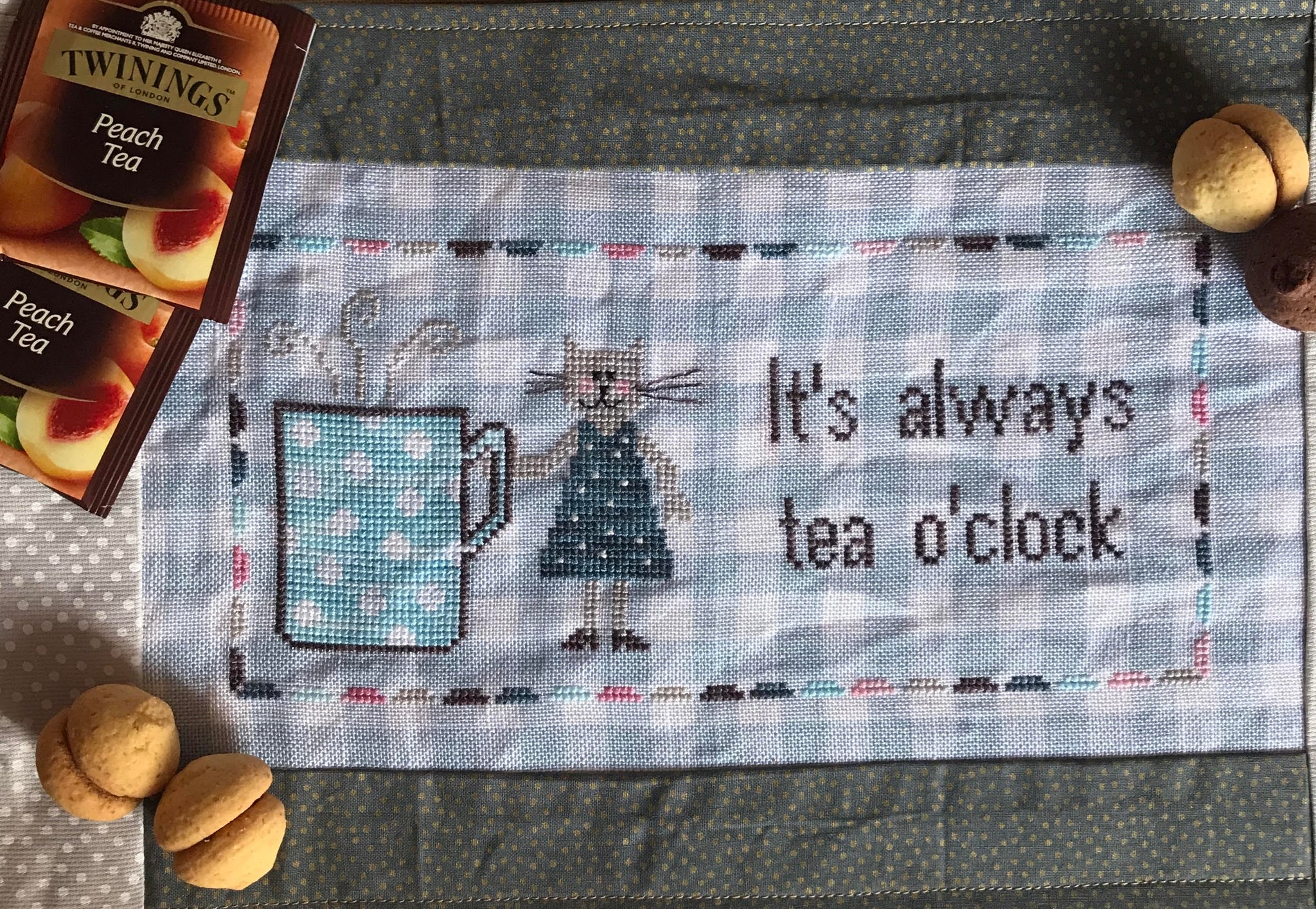 Tea O'Clock - Cross Stitch Pattern