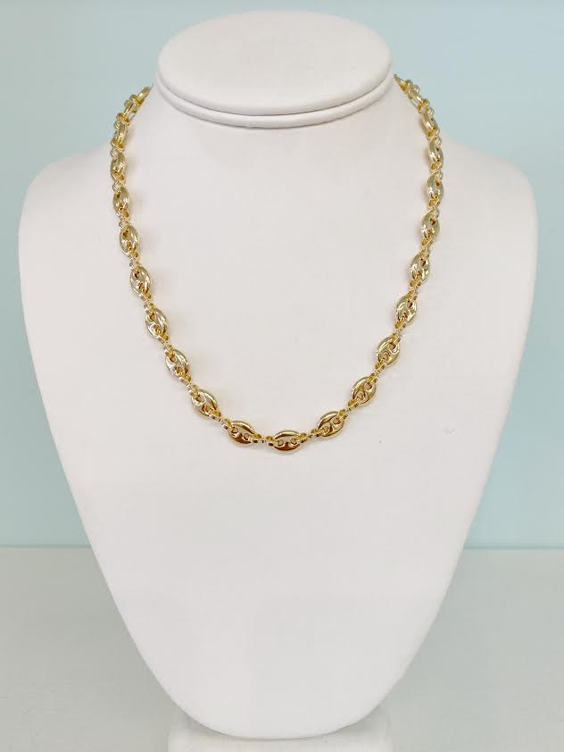 Guccia Necklace