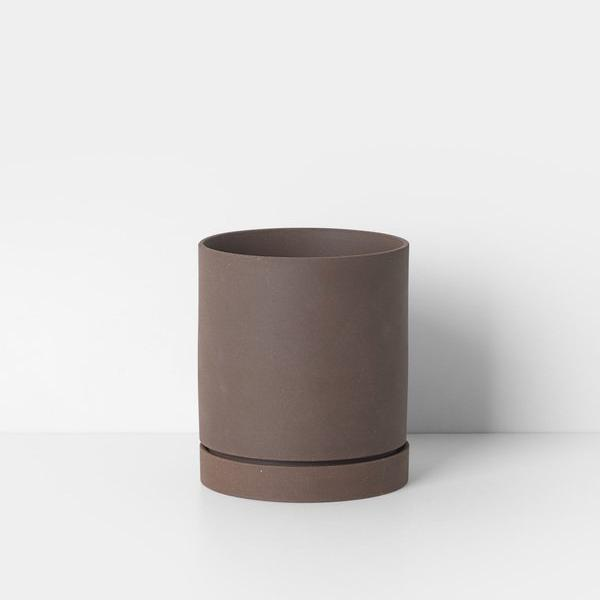 "5"" Ferm Living Sekki Pot in Rust"