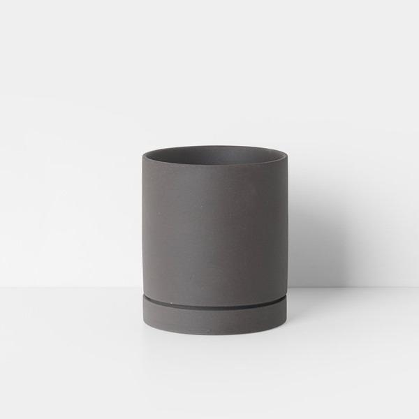 "5"" Ferm Living Sekki Pot in Charcoal"