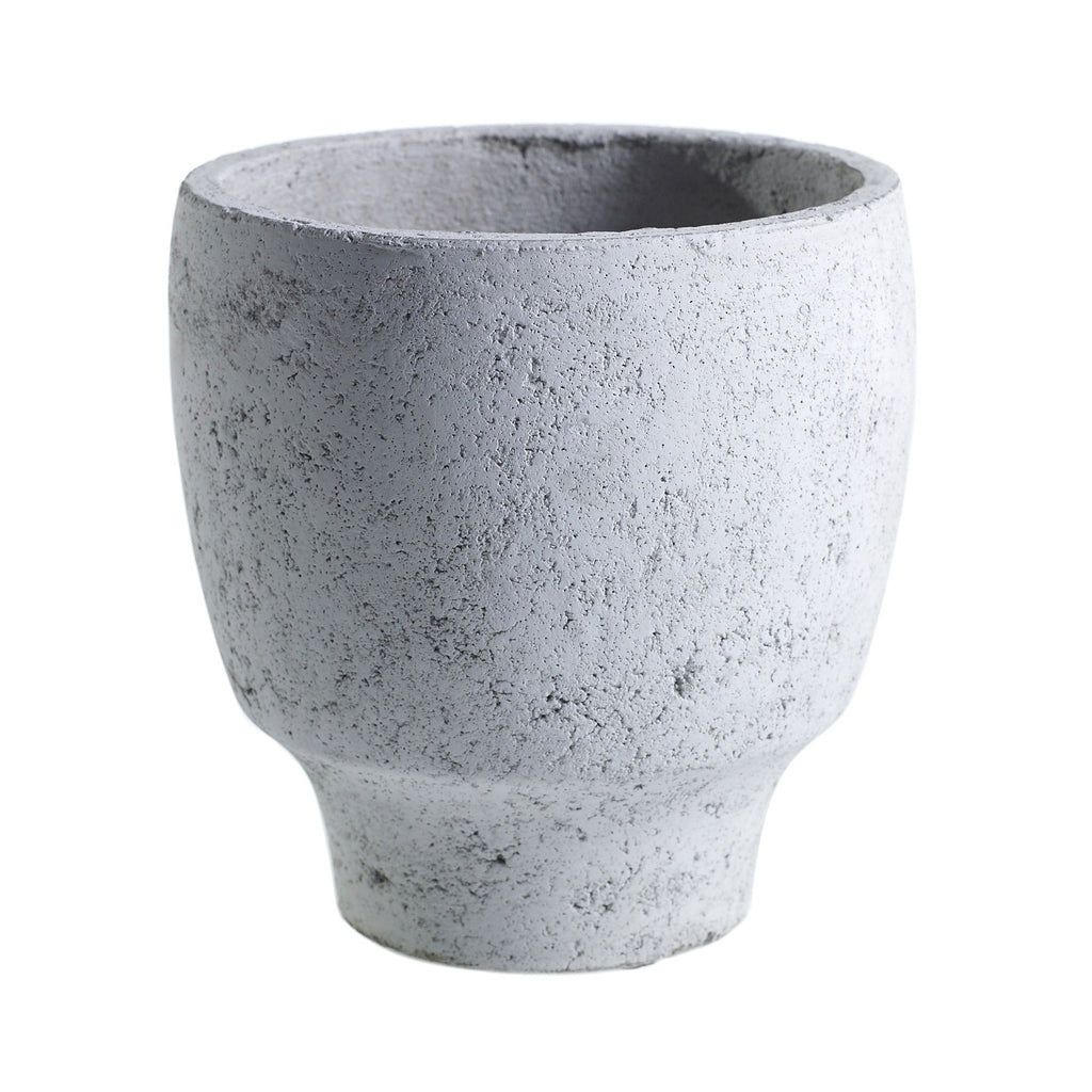"8"" Tapered Concrete Planter in Grey"