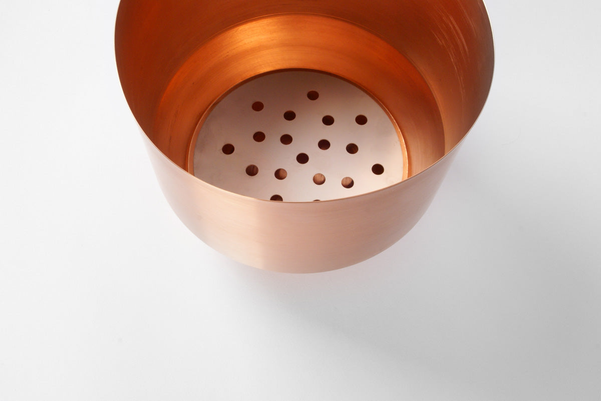 "8"" Yield Spun Planter in Copper"