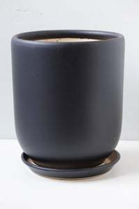 "8"" Tapered Ceramic Pot in Black"