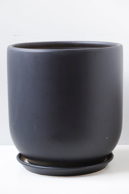 "10"" Tapered Ceramic Pot in Black"