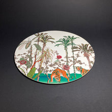 Load image into Gallery viewer, Chinoiserie Jardin Vert Place Mat