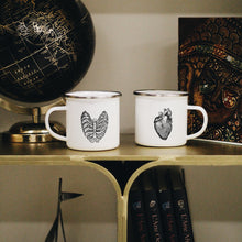 Load image into Gallery viewer, Hearts' Shape Mugs Set