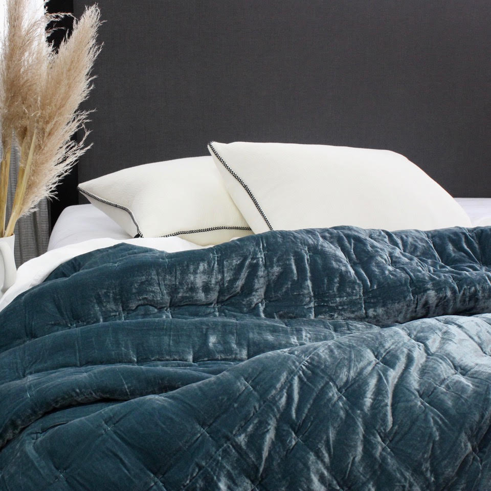 Velvet Pin Atlantic Comforter